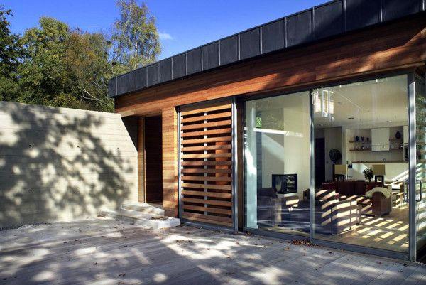Exterior Design from Best Retreat House Design by New Forest House in UK 600x401 Best Retreat House Design by New Forest House, in UK