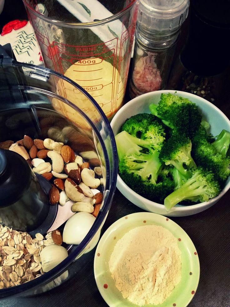 Divinos: Bolinhos de brócolis com molho ranch vegan!