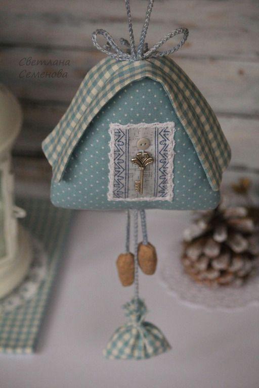 Текстильный Домик Голубой ( Часы с кукушкой) -