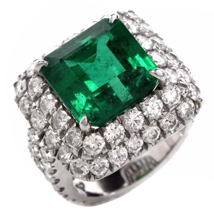 Exceptional Emerald Diamond Platinum Cocktail Ring