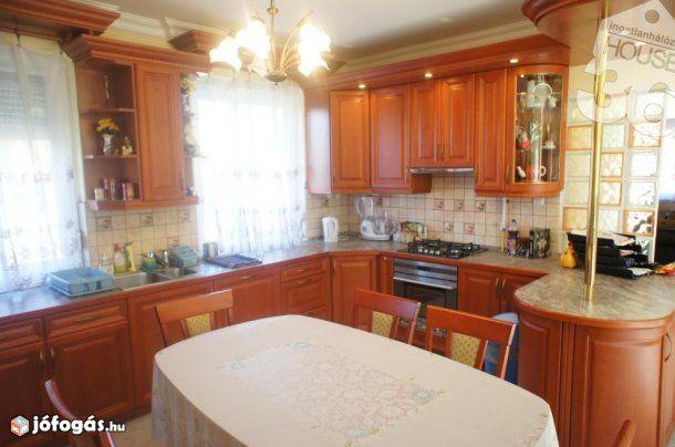Kecskeméti eladó 100 nm-es ház #967760, 1. image