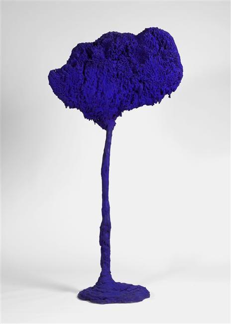 """Yves Klein """"L'Arbre, grande éponge bleue"""" 1962"""