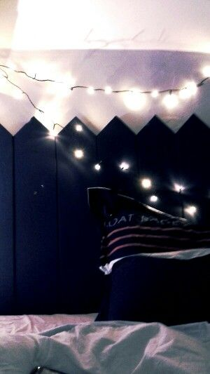 What i do in my room, headbed !!! With a boat/see idee...