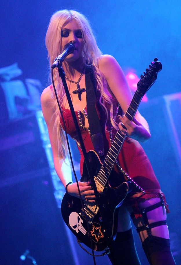 Taylor Momsen - Pretty Reckless