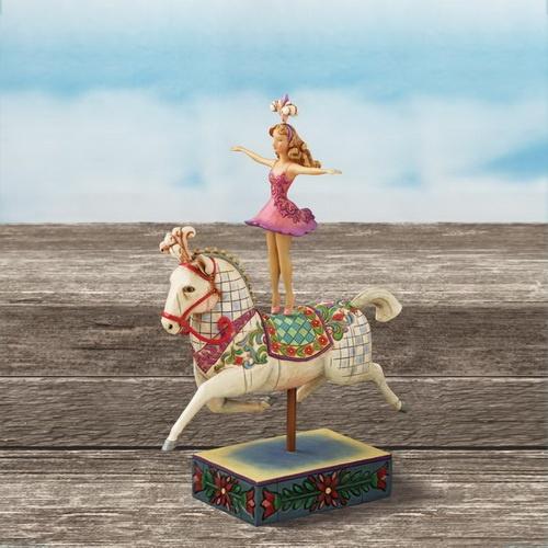 Κορίτσι πάνω σε άλογο