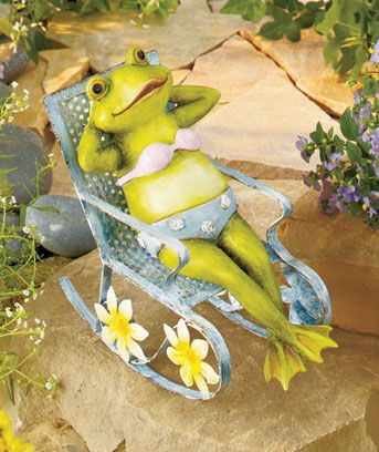 Sunbathing Frog Statue Looks Like Itu0027s Basking In The Sunlight In Its Own  Metal Rocking Lounger. The Cute Frog Adds A Relaxing Vibe To Your Outdoor  Display.