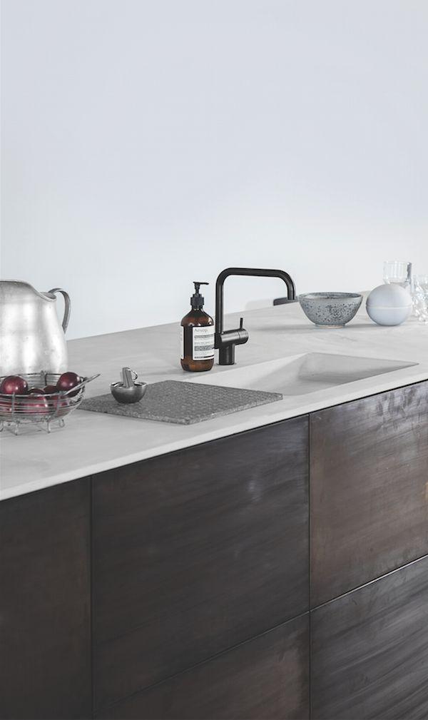 Donkere Keuken Licht Blad : IKEA Hack Kitchen