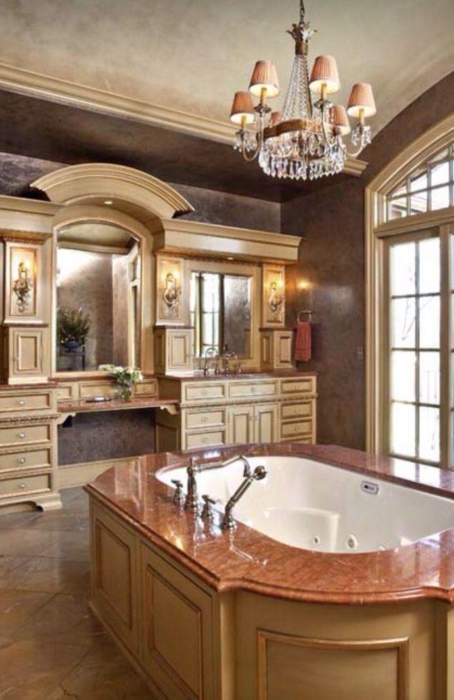 Pinspiration 12 gorgeous luxury bathroom designs for Dream bathroom ideas