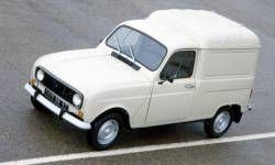 Furgoneta Renault 4L, también de  segunda mano. Empecé a conducirla en los 70.