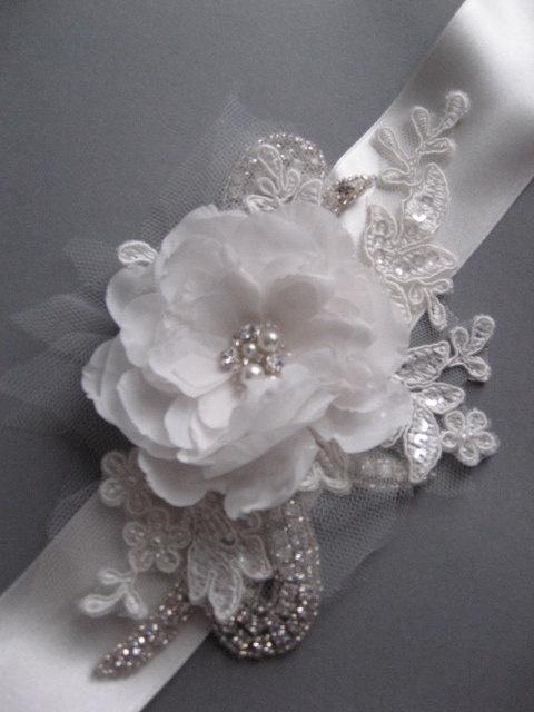 Wedding sash, Bridal dress sash accessory  ribbon belt IVORY crystal rhinestone lace flower rose romatic vintage inspired