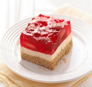 Strawberry-Cream Cheese Dessert - Weight Watchers Points Plus = 3