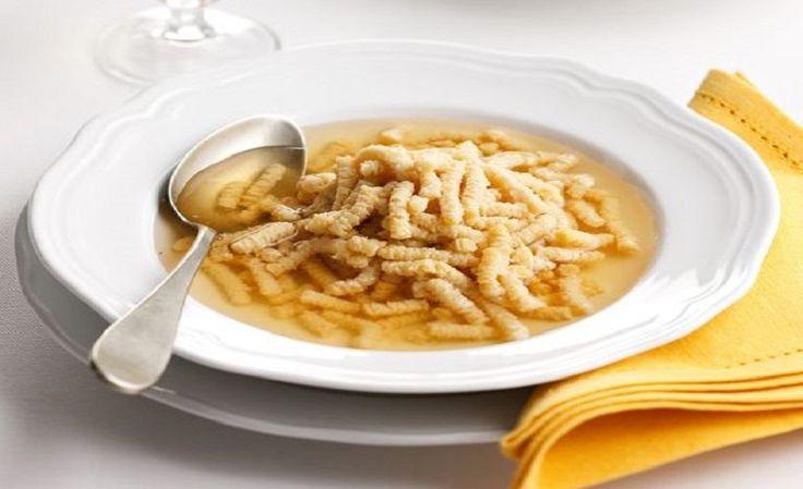 Passatelli in brodo con salsa di soia
