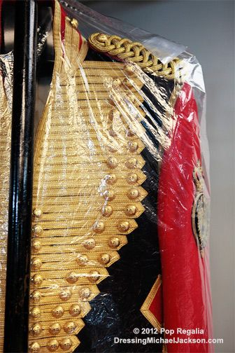 A Michael Jackson costume. | The Book - King of Style ...