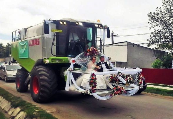 onlyinromania just married