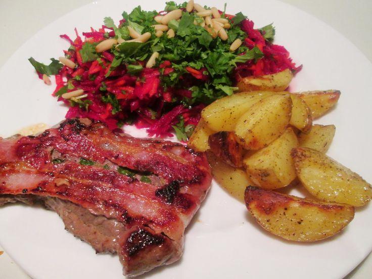 Kalveschnitzel med Bacon og Brie og Rødbedesalat