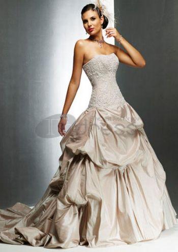 boule sweetheart train chapelle des robes en taffetas dentelle robes de mariée de couleur