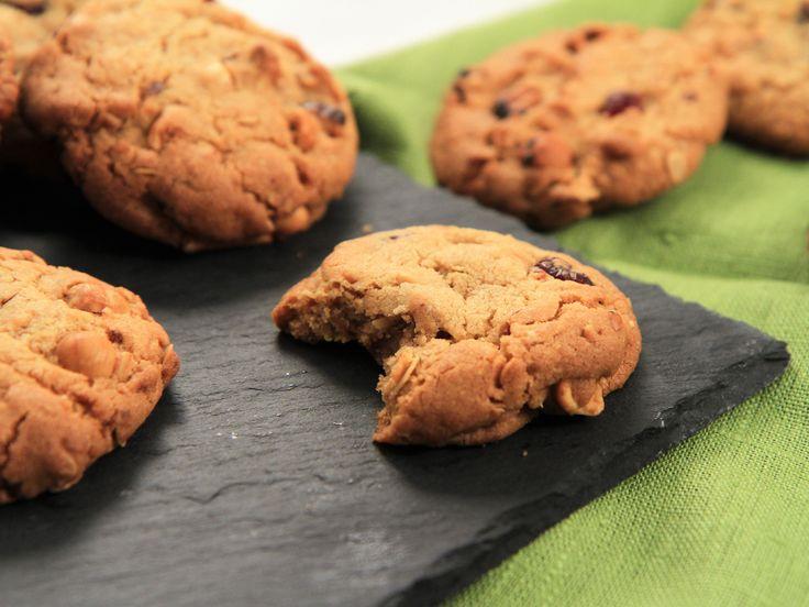Amerikanska cookies med tranbär och nötter | Recept från Köket.se