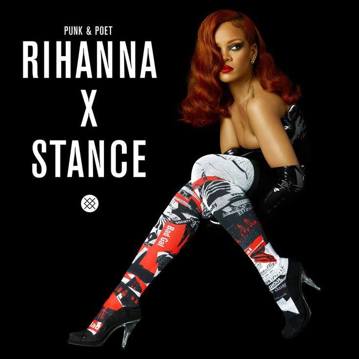 H Rihanna θα κυκλοφορήσει μία σειρά από κάλτσες που έχουν έμπνευση από τα μοτίβα τυπογραφίας εφημερίδων, αλλά και από τις αφίσες παλαιότερων ταινιών τρόμου, που χαρακτηρίζονταν από έντονη ποπ κουλτούρα στα χρώματά τους. Ύστερα από την αρχική κυκλοφορία που έχει ήδη γίνει, θα υπάρξουν 18 επιπλέον σχέδια που θα βρίσκονται υπό διάθεση τον Σεπτέμβριο που μας έρχεται, ενώ θα ακολουθήσει και μία γιορτινή κολεξιόν μέσα στο Νοέμβριο.. http://pressmedoll.gr/i-rihanna-sinechizi-na-schediazi-