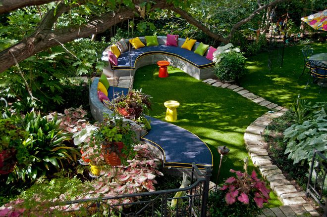 eclectic landscape by Harold Leidner Landscape Architects I like the idea of a winding bench out in the garden under the trees