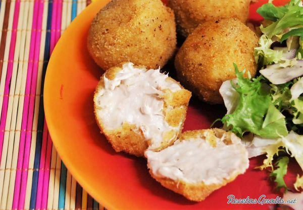 Receta de Bolitas de atún y queso - Fácil - 8 pasos