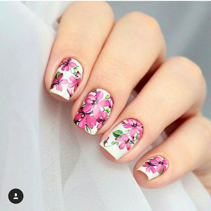 Naklejki kwiatki - Idealne na wiosnę   #paznokcie #nailtrend #paznokciehybrydowe #paznokciezelowe #pazurki #nailspa #nailspiration #polishgirl #springnails #nails #nailart #flowers #naklejkiwodne #wiosna