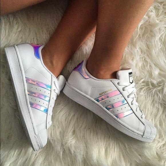 Promociones Día De La Mujer ....  $130.000 (Precio full $155.000)  Pide los estilos disponibles a nuestro whatsapp  3204884816 (Promoción válida 7 y 8 de Marzo) #adidas #teniis #stilettos #love  #shoes #trendy #fashion #cool #style #life #enviosatodoelpais #bogotá #botas #monday #shoping #fashionistas #tacones #2018