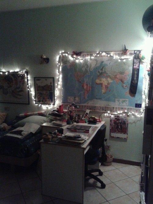 Effy Stonem Room Decor