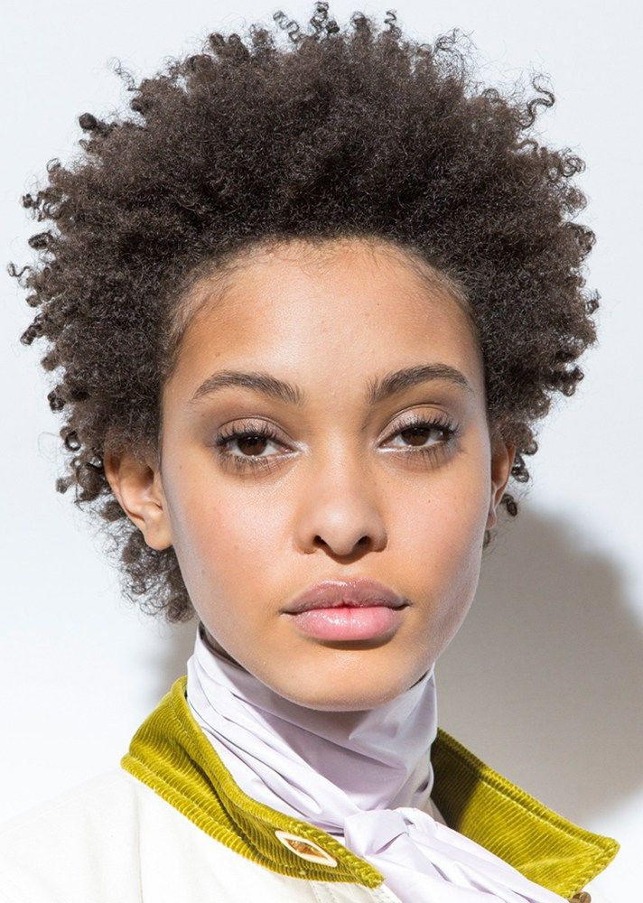 The Best Low-Maintenance Hairstyles For Spring | StyleCaster