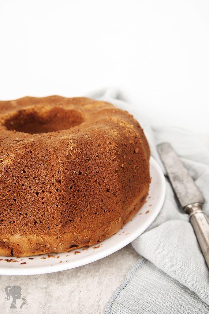 Špaldová hrnčeková bábovka / Spelt bundt cake