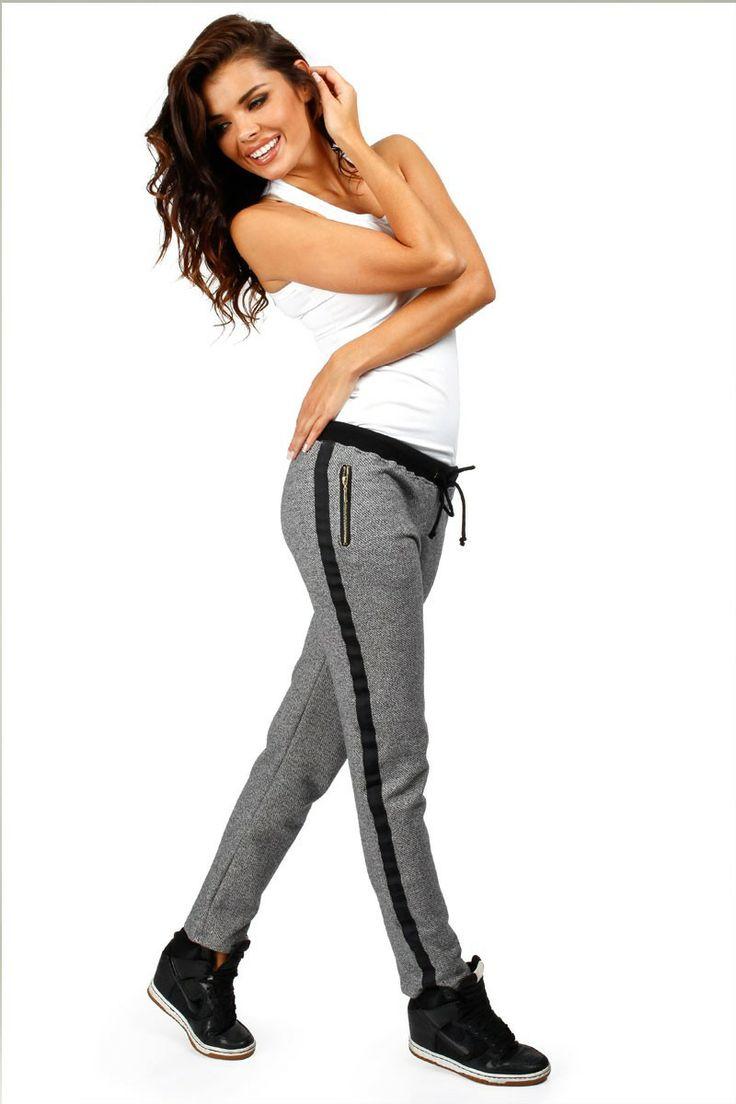 Pantalon de survêtement avec ganse contrastante.