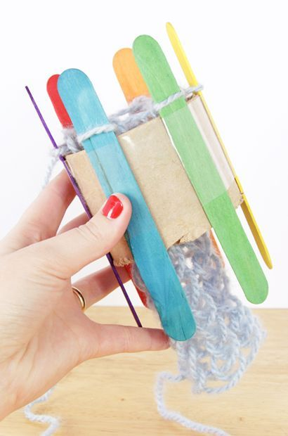 Want to try knitting with your students but aren't really sure where to start?  How about creating a knitting loom made from cardboard tubes and popsicle sticks - genius!  Makes it easy for kids to get started and grasp the concept of knitting.