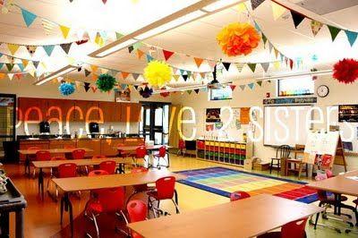 So fun and inviting!: Classroom Decor, Classroom Setup, Classroomdecor, Pom Pom, Classroom Ideas, Ceilings Decor, Cool Classroom, Art Rooms, Banners