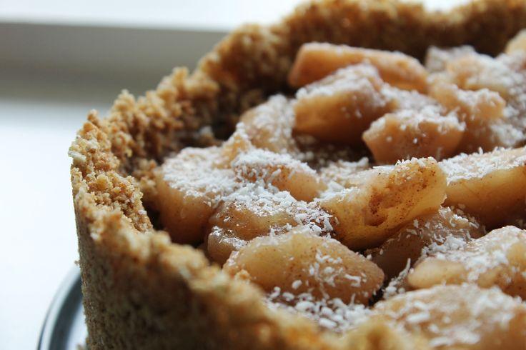 Recept Stoofpeertjestaart (no-bake): Bak een taart met zelfgemaakte stoofperen, heerlijk herfst recept