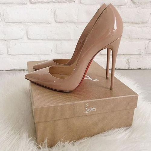 Estes sapatos são quentes ou não? Siga-me para mais #high #heels adicionados diariamente   – Christian louboutin