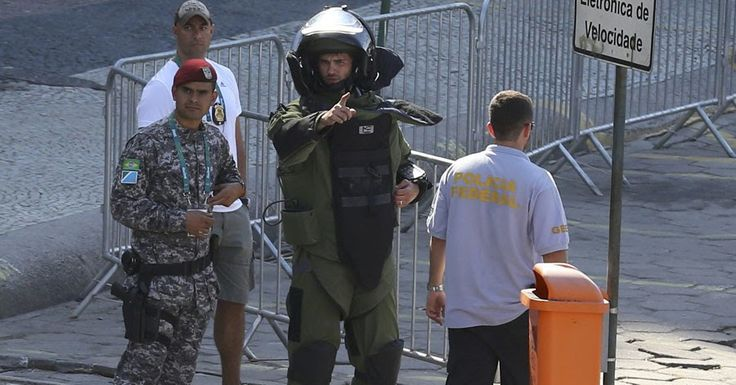 A bomb squad has carried out a controlled detonation near the finish line of the men's #Olympic cycling road race course in #Rio de Janeiro........... #asiandefencenews