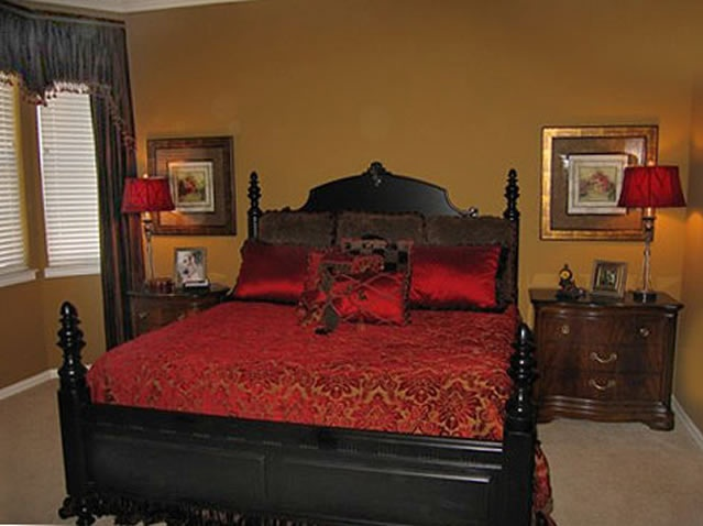 Red And Gold Bedroom Black Bed Wall Colour