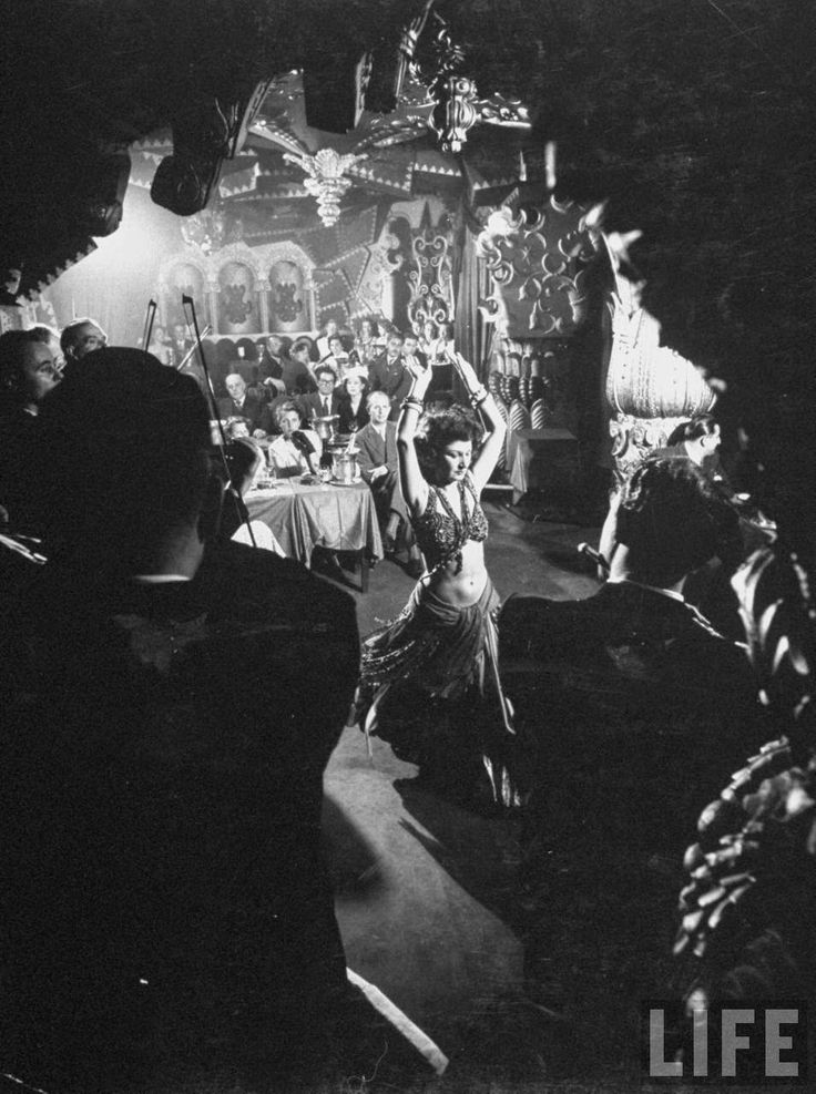 Inside Paris Nightclubs in 1949