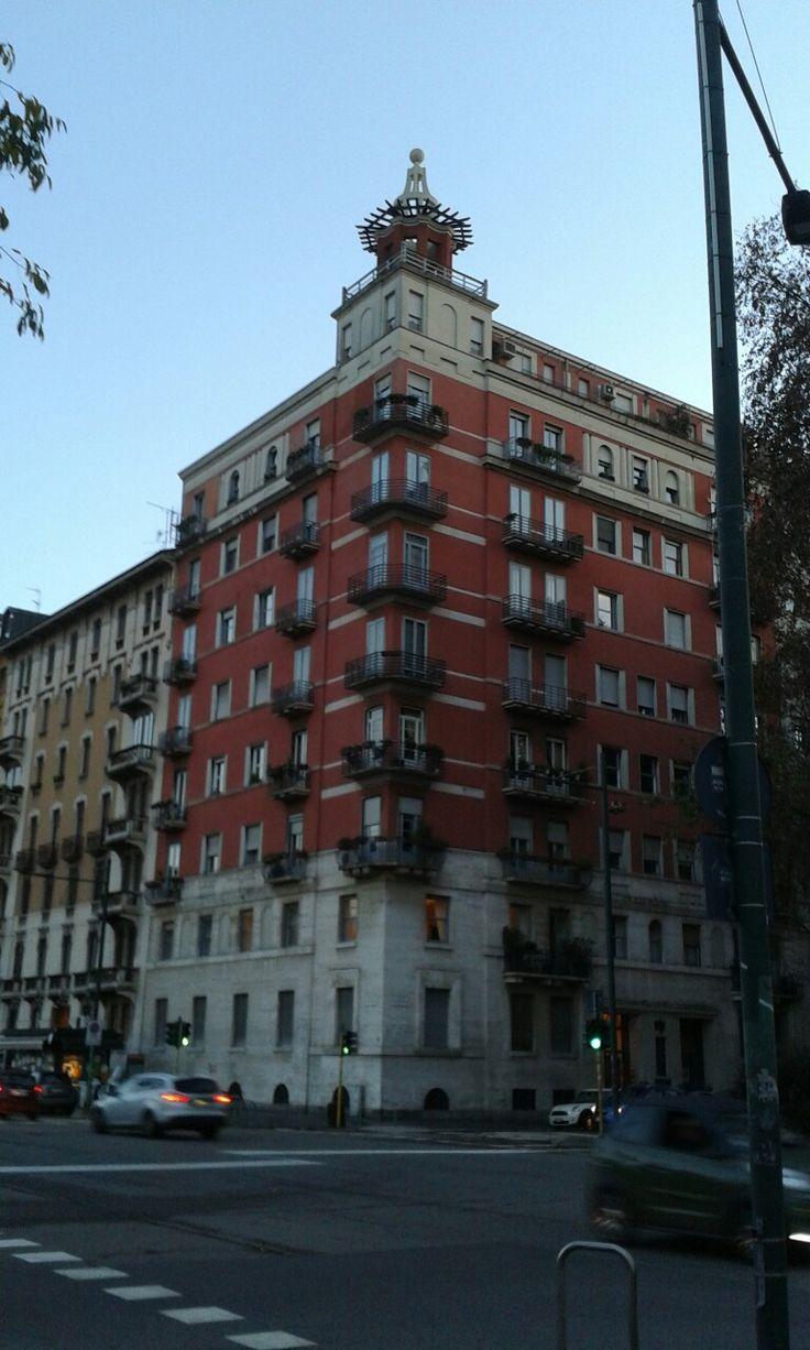 #GioPonti #PiazzaGiovanniAmendola #Milano #Razionalismo #architecture