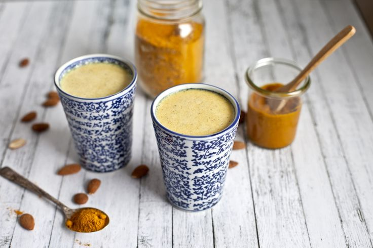 Golden Milk with Turmeric, Cashews and Cardamom