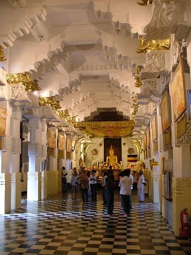 Buddha's Sacred Tooth Temple, Kandy, Sri Lanka