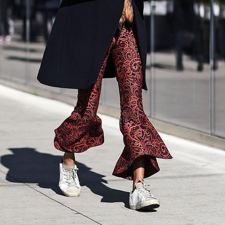 #GoldenGoose Deluxe Brand is always one step ahead when it comes to making a fabulous statement. From glistening metallics to undeniably alluring prints, we just can't get enough. Discover your favourite eye-catcher > Link in bio. #maximilian #fashion #lookbook #instastyle #streetstyle #stylish #fashionista #fashionblogger #instafashion #ootd #lotd #blogger #styles #outfit #women #fall #winter #collection #golden #goose #sneaker #shoes #leather #deluxe #brand #instalook #fashiongirl #glam…