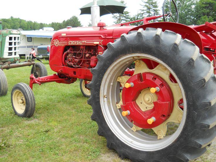 2 tractor vintage