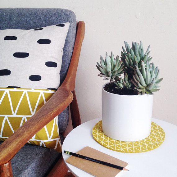 Gold Triangle Trivet   Use A Trivet Under A Potted Plant To Protect Your  Furniture!