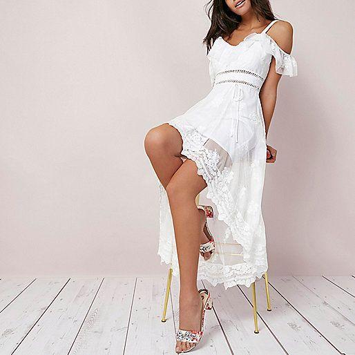 Robe longue en dentelle blanche à épaules dénudées et ourlet asymétrique - Robes longues - Robes - Femme