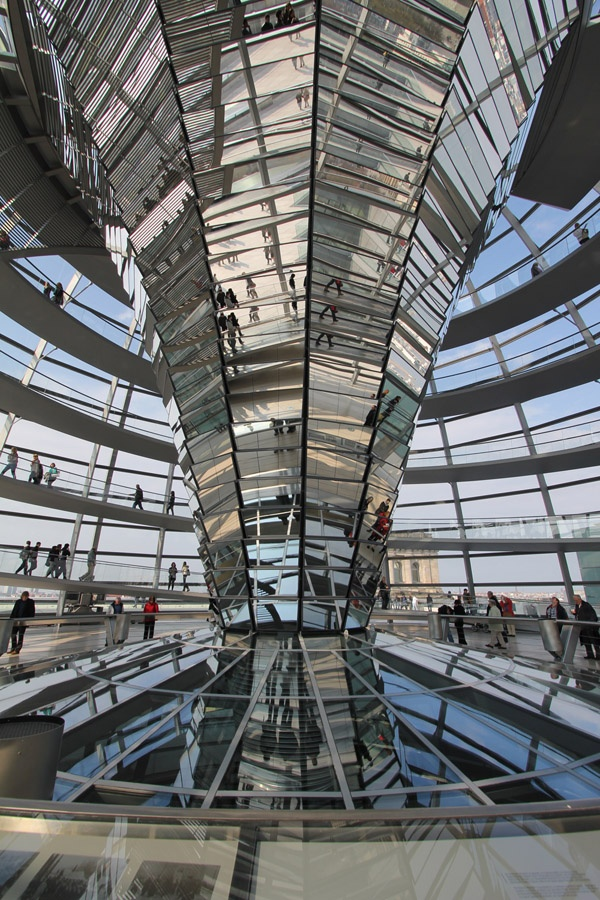 25 best sir norman foster images on pinterest norman for Best architects today
