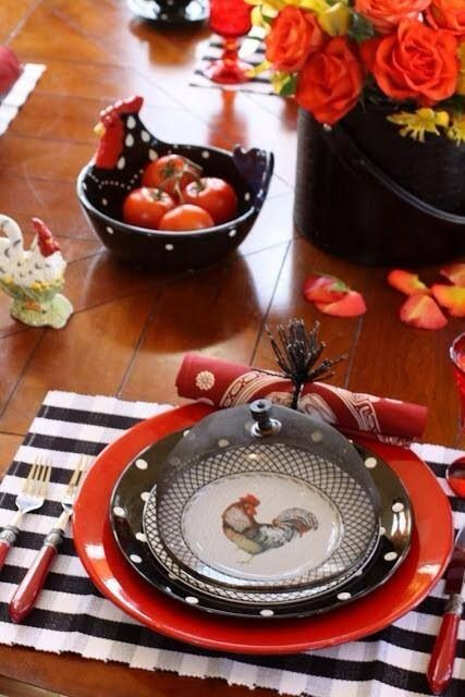 Poppy Rooster Table Scape