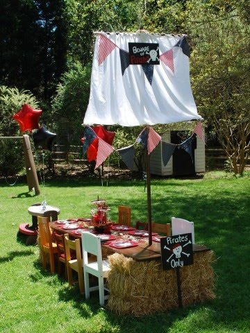 Pirate Birthday Party ~ the ship table with mast was made using