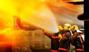 ¿Cuál es la función de un perito de incendios cuando ocurre uno?
