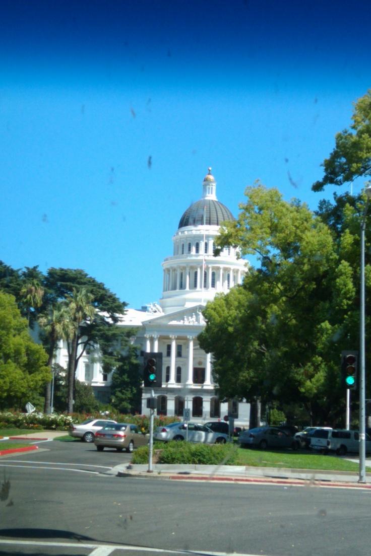 Newsom Nominates Gay, Black Man To California Supreme Court