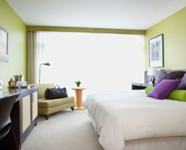 Bedroom wall color calming green Entspannennd